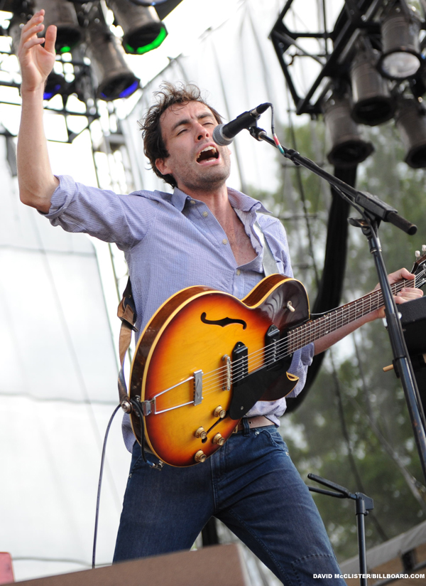 Bonnaroo_andrew_bird_billboard